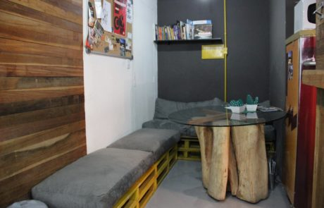 Sala de espera e convivência coworking Matriz
